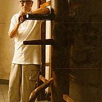 ip chun and a dummy.jpg