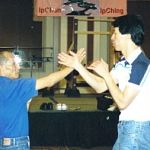 ip chun and sam kwok chi sau using biu.jpg